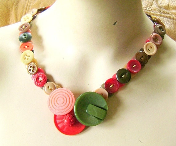 RESERVED FOR MELISSA - Necklace in Vintage Buttons Olive Red Coral