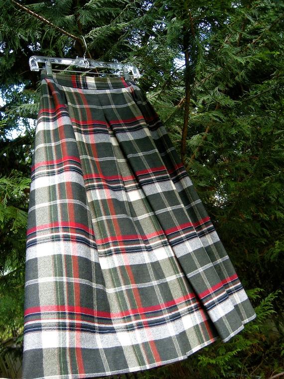 Vintage Wool Plaid Talbots Skirt - Size Medium to Large