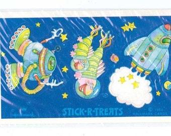 Vintage 1984 Hallmark Stick-r-Treats Space Aliens Sticker NIP