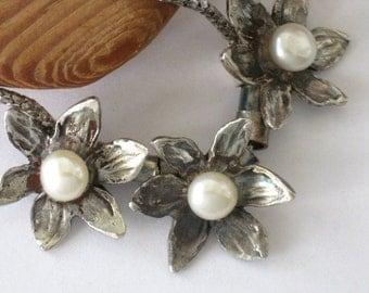 June Stone - Pearl Flower Necklace, White Flower Necklace, Bridal Necklace ,Floral Pearl Necklace, White Silver Necklace, Pearl Necklace