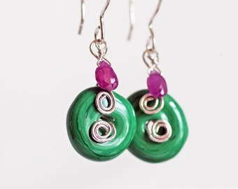 Melon Swirl Sterling Silver Earrings, Green Lamp Work Glass with Pink Sapphire Silver Earrings, Green and Pink Sterling Earrings