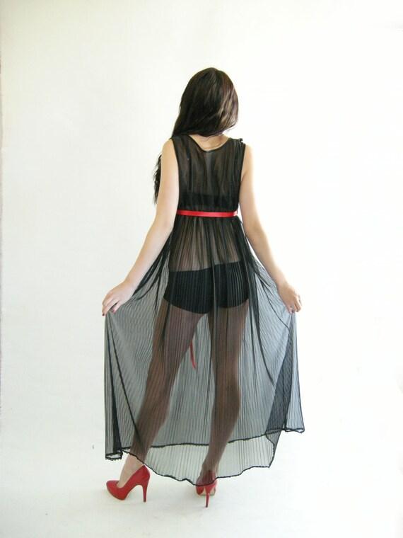 CHIFFON Nightgown Vintage 70s Negligee M Crystal Pleats Sheer Black Sweep