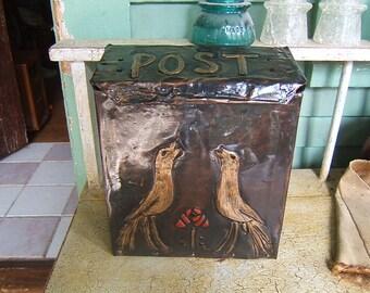 Craftsman Bird and Rose Mailbox