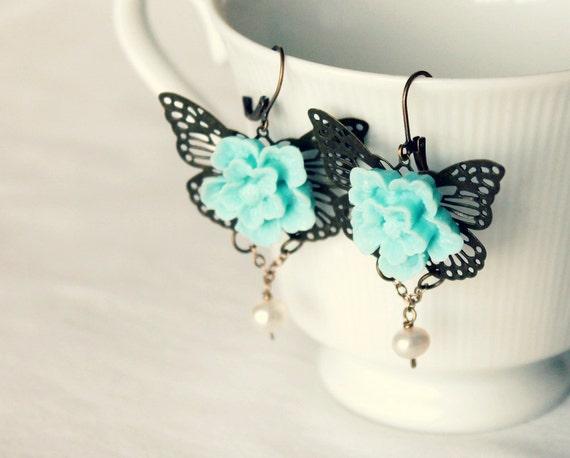 Dangle earrings flowers butterfly filigree , in dusk blue, grey jade and brass, victorian jewelry, romantic jewelry