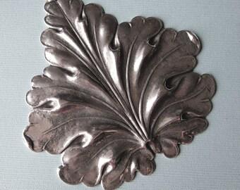 Large Silver Leaf Embellishment 2994