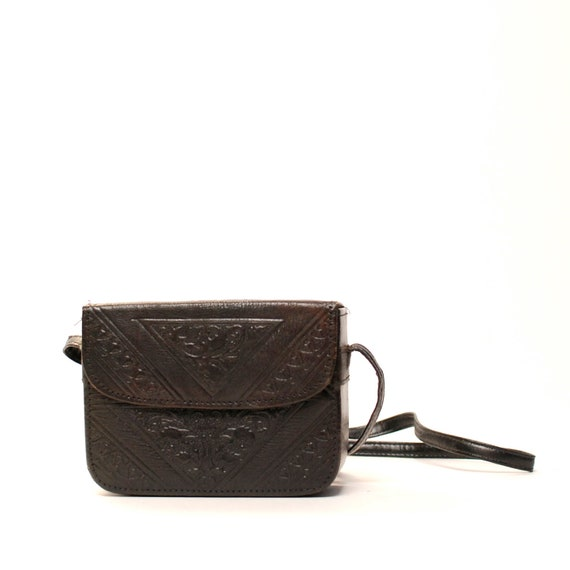 BOHEMIAN black leather 60s 70s EMBOSSED BOX purse