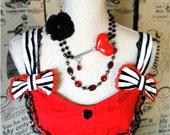 Red Queen Heart Key Statement Necklace Alice in Wonderland vintage style black flower brooch storybook fairytale  neovictorian