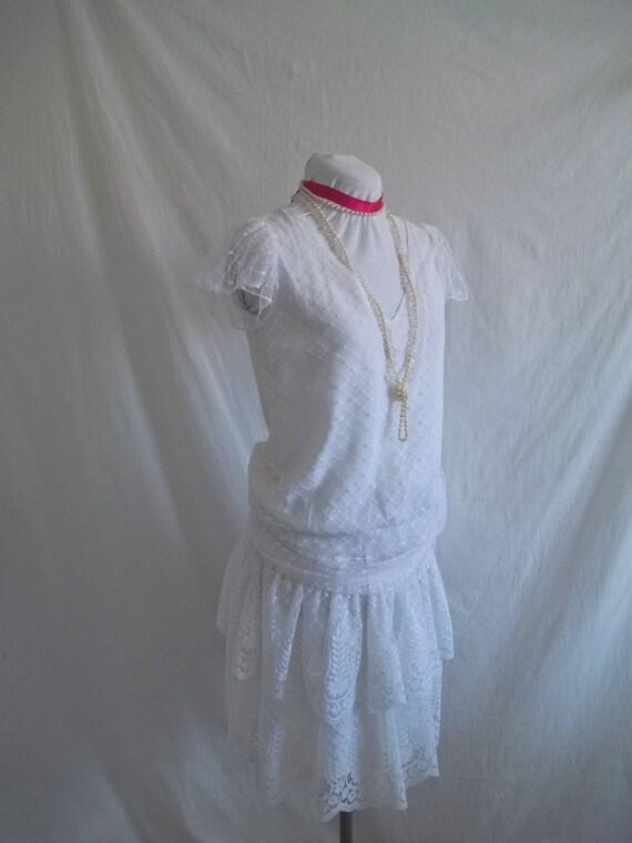 SALE Vintage 1980s White Lace Flapper Wedding Dress sz S/M  Roaring twenties Style