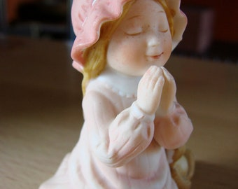 VIntage Holly Hobbie Bisque Figurine with Girl Praying with Bear