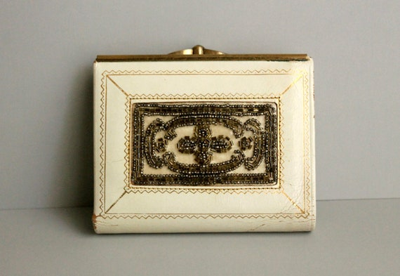 Vintage IVORY Distressed LEATHER Beaded Wallet / Change Purse