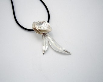 Beautiful Sterling Silver Rose and leaves pendant