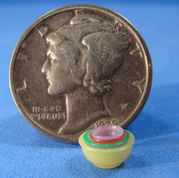 "IGMA Fellow Bill Helmer Lathe Turned Dollhouse Miniature 1/4"" Scale Bakelite Nesting Bowls"