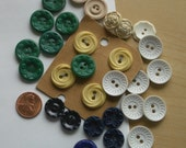 Vintage Housedress Buttons  24 Cheerful Plastics