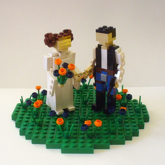 Custom Leia and Han in Flower Patch Wedding Cake Topper
