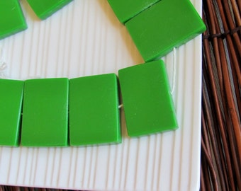 Green Rectangle Horizontal Resin Beads x 3 (32x24mm)