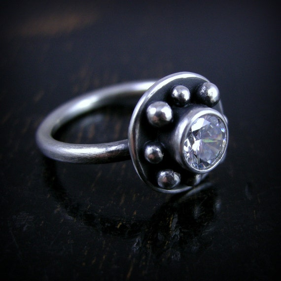 Sterling silver Cubic Zirconia sparkly ring bubbles and round band