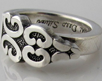 Spoon Ring Triumph Deep Silver Choose Your Size