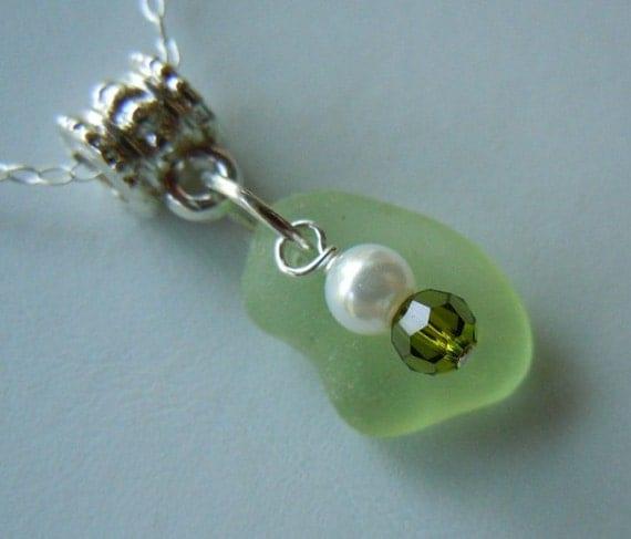 Light Green Sea Glass Necklace, Beach Glass Jewelry Seaglass Jewelry