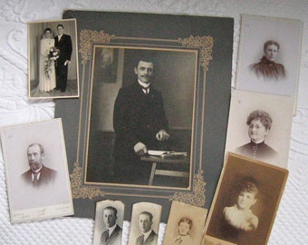 Lot of 8 Old Black and White Photos early 1900 - 1940s