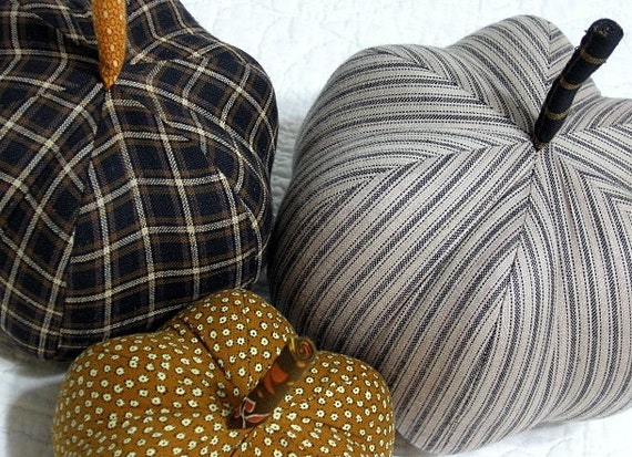fabric pumpkins - classic black gold - set of 3 p U m P k I nS - 01