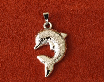 Silver Metal 42mm x 24mm Dolphin Pendant, 1042-34