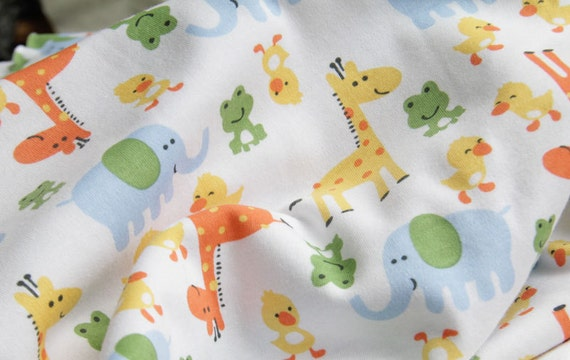 3053 - Animals Cotton Jersey Knit Fabric - 70 Inch (Width) x 1/2 Yard (Length)