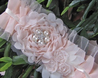 Aurelia, Soft and light pink chiffon flowers on a chiffon pleated garter