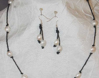 9mm Knotted Pearl Necklace & Matching Earrings