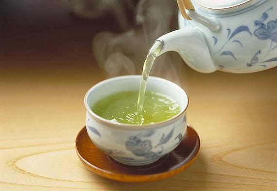 Tea Teabags 25 Apple / Cinnamon Hand Blended tea in teabags with a beautiful tin