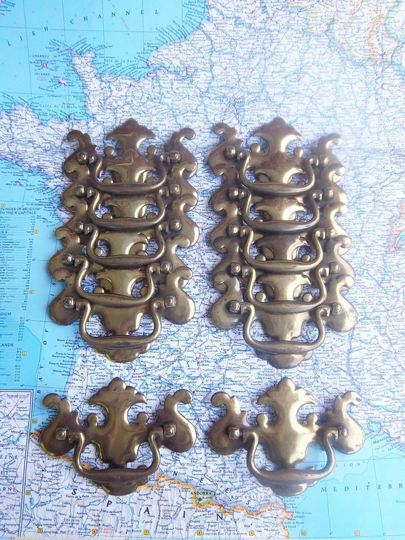 RESERVED/Custom Order for Kathryn Holmes - 10 vintage curvy shiny brass metal pull handles includes hardware