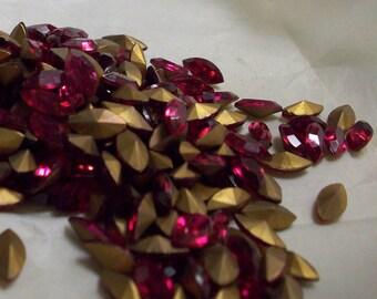 12 10x5mm Rubinite Navettes Vintage Czech Glass Rubinite or Ruby 10x5mm Navettes