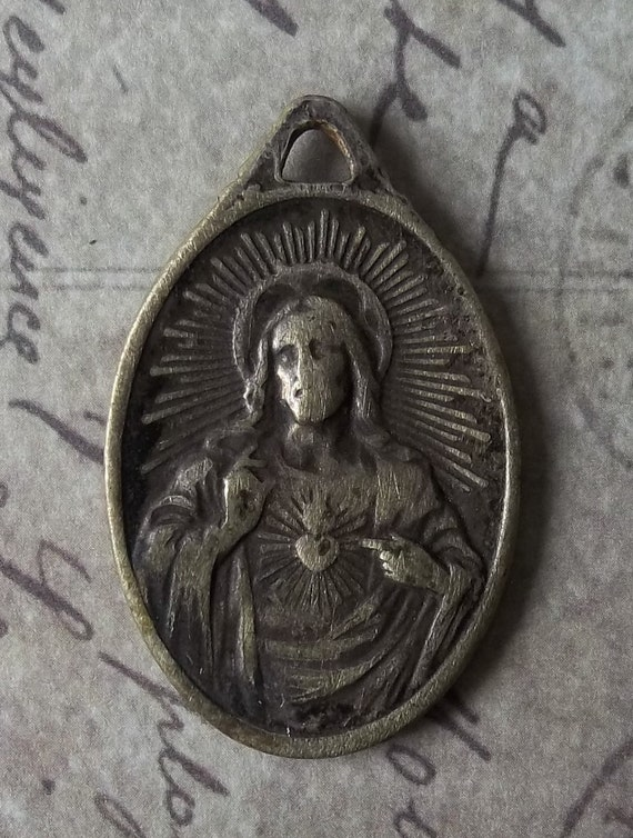 Outstanding Circa 1910 American Catholic Brass Medal Scapular Sacred Heart Of Jesus And Our Lady of Mt. Carmel VERY RARE OBJECT
