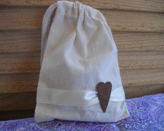 Favor Bags - SET OF 10 Rusty Tin Heart Muslin Wedding Favor Bag Candy Buffet Bag or Gift Bag - Item 1421