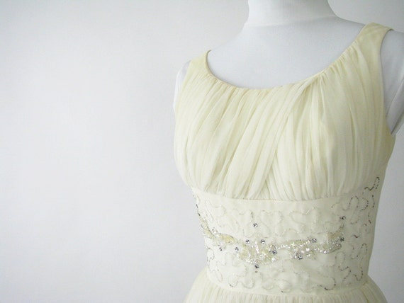 Vintage 1950's Ivory Grecian Gown Party Prom Wedding Dress, Modern Size 4, XSmall
