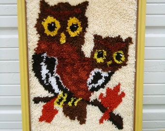 2 OWLS Vintage Latch Hook Wall Hanging Framed Yellow