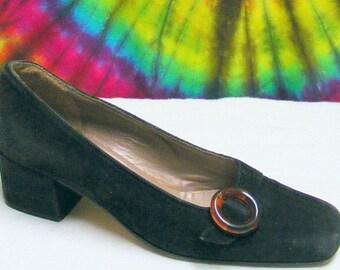 7-7.5 vintage 90's black suede leather ANNE KLEIN 2 pumps shoes