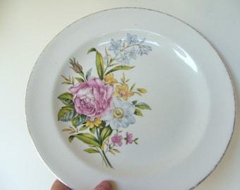 Vintage Century by Salem USA Floral Plate