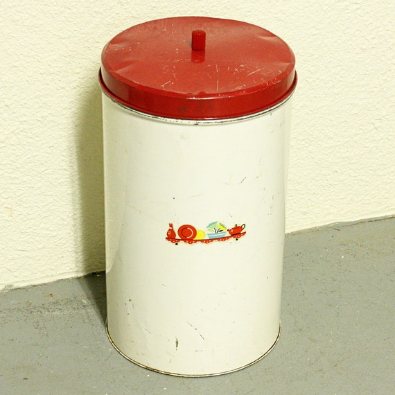 Vintage umbrella stand - trash can - metal - tall - round - shabby chic - picture - lid