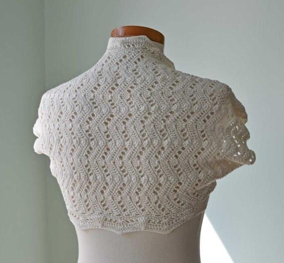 Ivory lace crochet shrug bolero  H765
