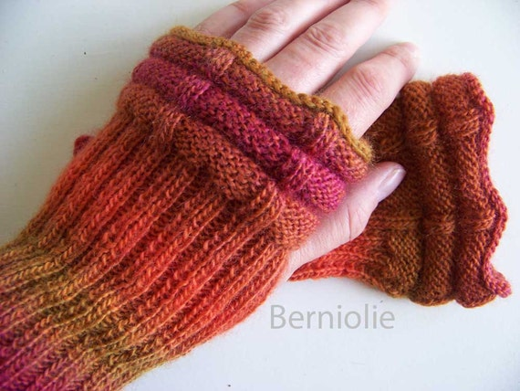 Orange pink knitted gloves with lace crochet trim B221