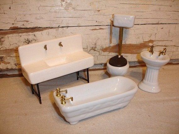 Vintage Dollhouse Miniature Porcelain Bathroom Set