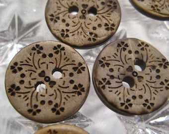 Coconut Buttons 12 Reversable Fancy Design 1/2 Inch Each
