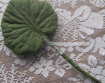 Vintage Millinery Leaves 1950s Japan 6 Green Fabric Large Geranium Leaves  BDL 23