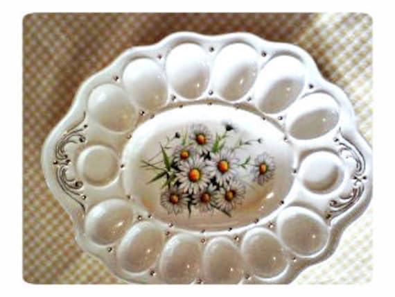 vintage daisy egg plate server