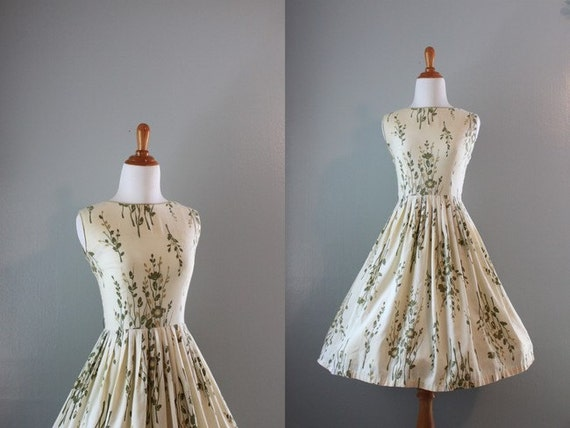1950s Dress / Vintage 50s Cotton Sundress / 50s Full Skirt Day Dress