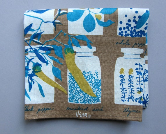 Spicy Vera Vtg Tea Dish Kitchen Linen Towel, MINT