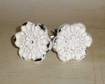 Shabby Chic White Distressed Flower Floral Cast Iron Drawer Knob Pulls Set of 2
