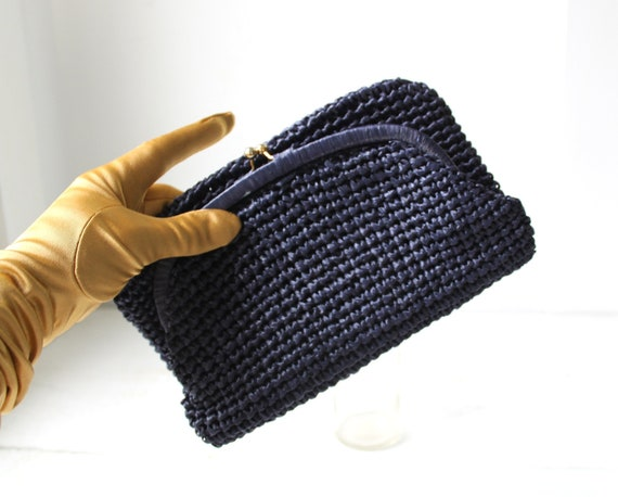 SALE / vintage 1960s raffia clutch. Navy blue foldover. Made in Italy / mid century mod / fall colors / the VILLAGE PASTRIES handbag