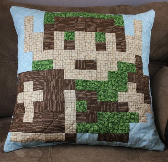 Link Quilted Pillow Cover
