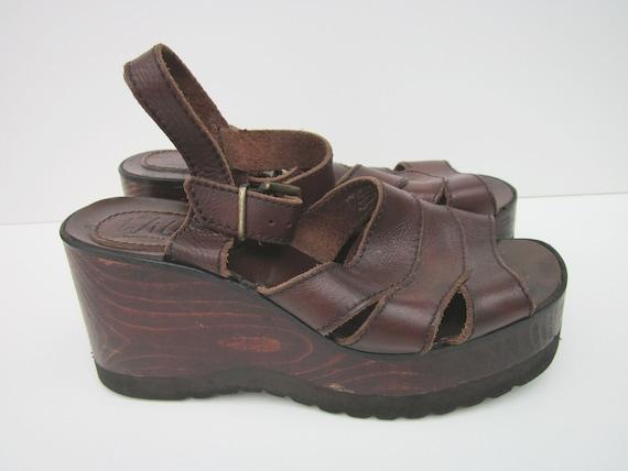 1970s Buffalo Wooden Platform Sandals - Size 8 - Vintage Dark Brown Leather